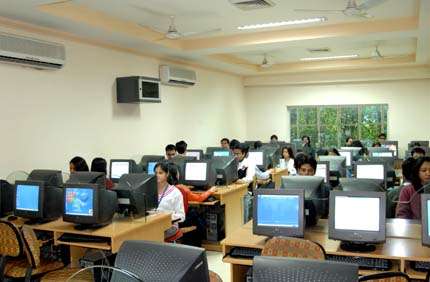 Master School of Management (Computer Center)