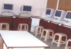 Allana College of Pharmacy Computer Lab