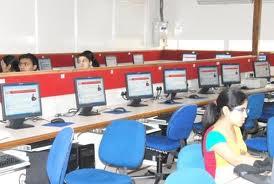 Vivekananda Institute of Professional Studies Computer Lab