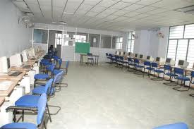 Asifia College of Engineering & Technology Computer Room
