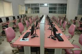 Atmiya Institute of Technology & Science Computer Room