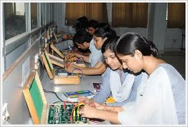 Babu Banarasi Das National Institute of Technology & Management Laboratory