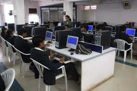 Bharati Vidyapeeth Institute of Management and Rural Development Administration Computer Room