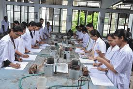 C.U.Shah Science College Laboratory