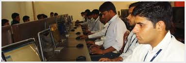 Darsh Institute of Engineering & Technology Computer Room