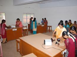 Dr. Umayal Ramanathan College for Women Laboratory