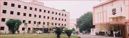 Maulana Azad Medical CollegeBuilding