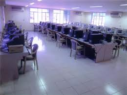 Finolex Academy of Management and Technolgy Computer Lab