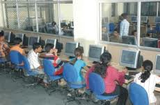HMR Institute of Technology and Management Computer Lab