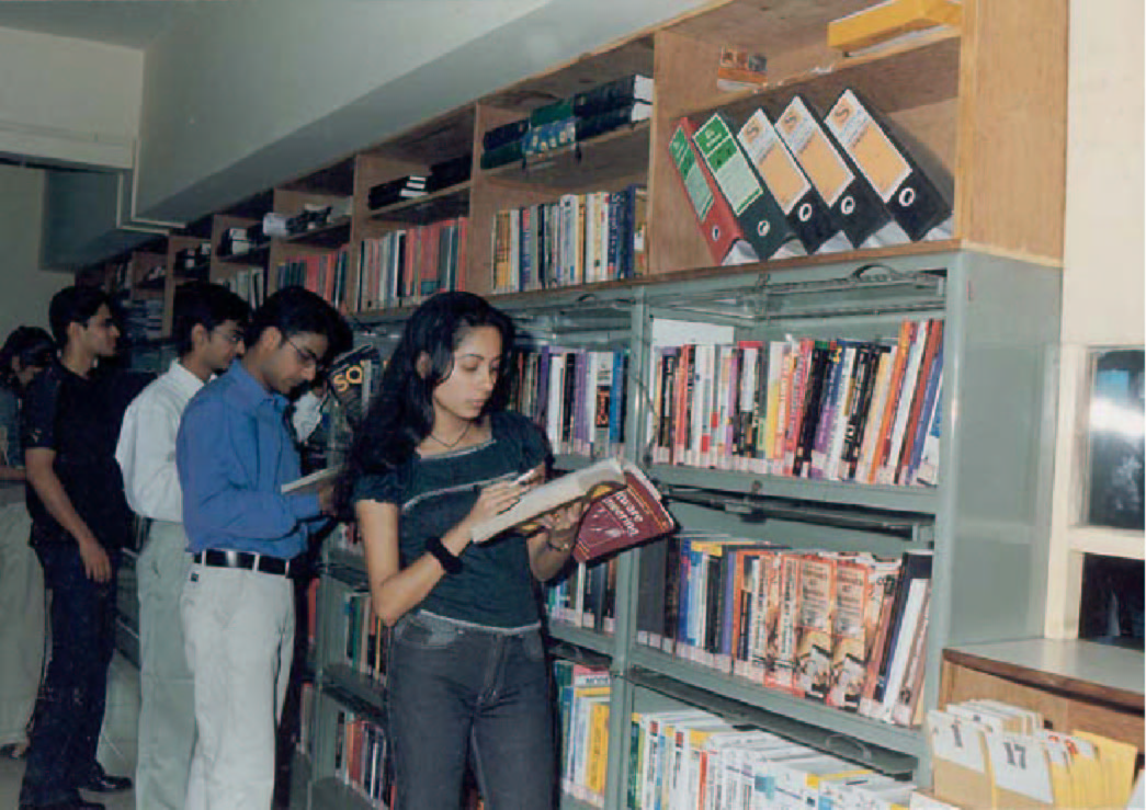 Shaheed Bhagat Singh Evening College Library