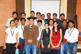 Tekno Point Multimedia Students