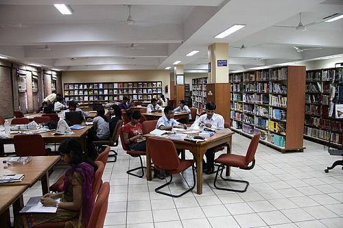 Jaipuria Institute of Management Lucknow Campus Library