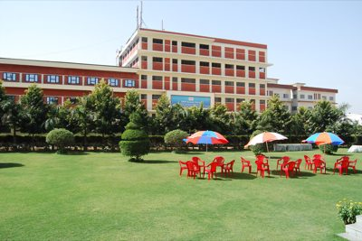 EMPI Business School Campus