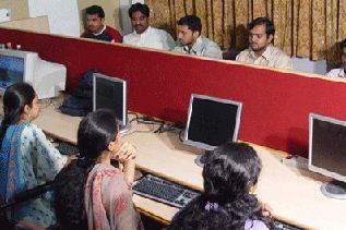 Siddaganga Institute of Technology - SIT Tumkur Computer Lab
