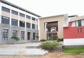 S.R Engineering College Campus