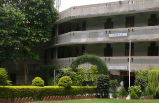 Sardar Vallabhbhai Patel Institute of Technology Main Building