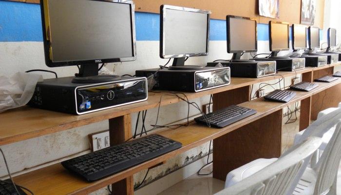 Shri Prince Shivaji Maratha Boarding Houses College of Architecture Computer Lab