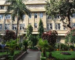 Seth Gordhandas Sunderdas Medical College Main Building