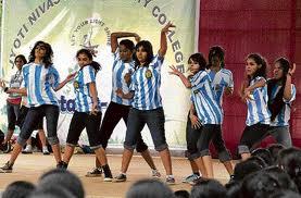 Jyoti Nivas College Festival