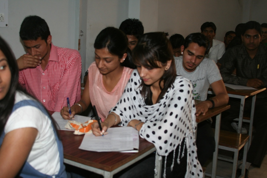 IIMMI - International Institute of Management, Media & IT Classroom