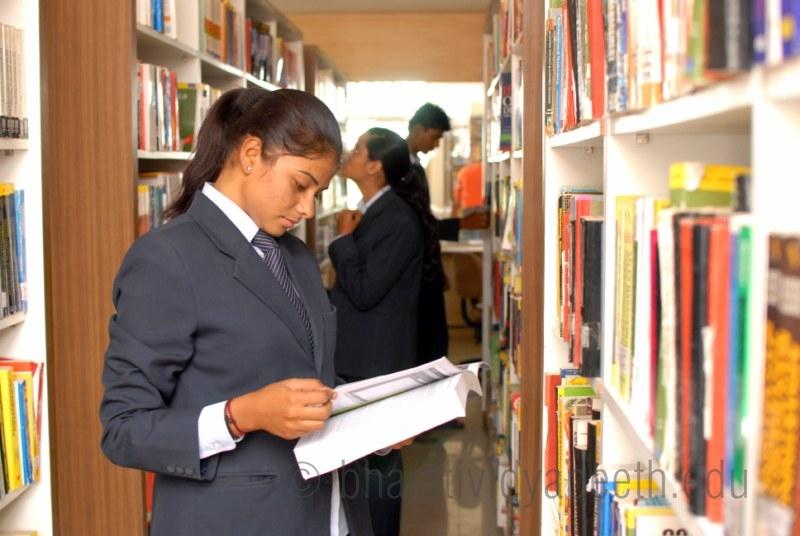 Abhijit Kadam Institute of Management and Social Sciences - AKIMSS Solapur Library