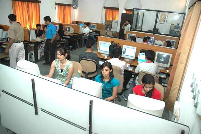 Daly College Business School Computer Lab