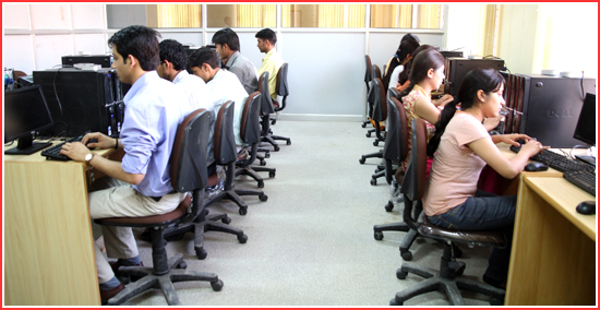 DAV College Computer Lab