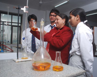 Gyan Bharti Institute of Technology Science Lab