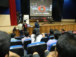 IIM Calcuta add five new faculty members every quarter